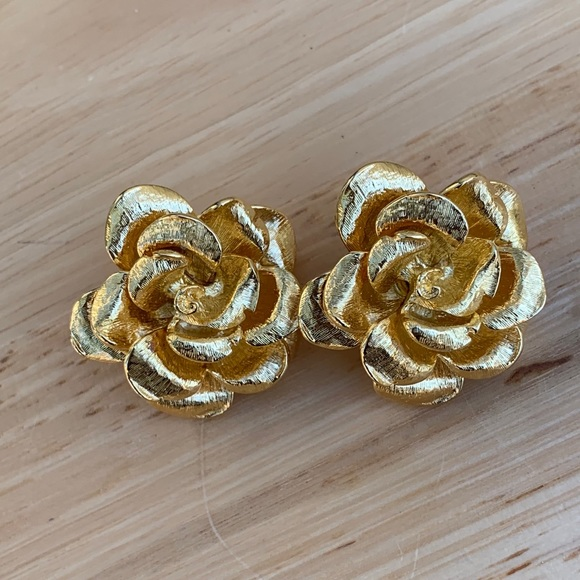 Joan Rivers Gold Tone Textured Rose Clip On